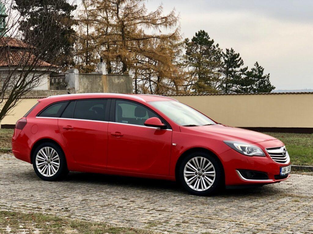 Pronájem Opelu na dovolenou s rodinou